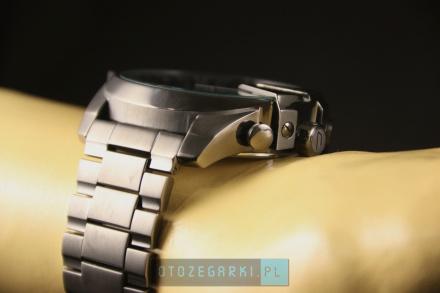 Diesel DZ4329 Zegarek Męski Na Bransolecie Z Kolekcji Mega Chief