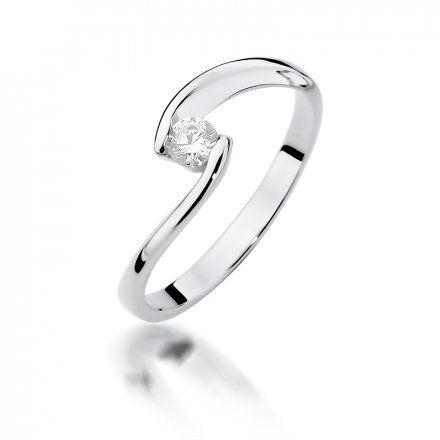 Biżuteria SAXO 14K Pierścionek z brylantem 0,15ct W-366 Białe Złoto