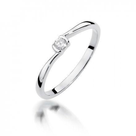 Biżuteria SAXO 14K Pierścionek z brylantem 0,09ct W-380 Białe Złoto