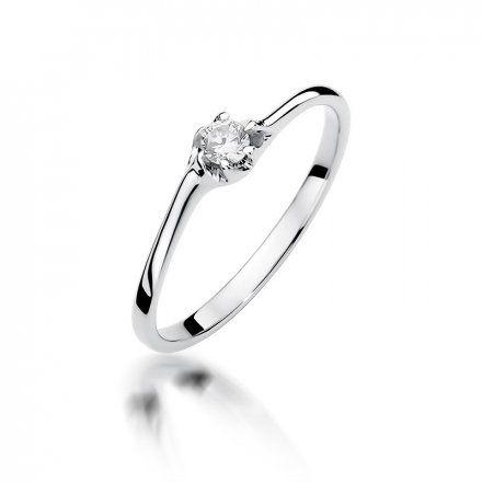 Biżuteria SAXO 14K Pierścionek z brylantem 0,09ct W-383 Białe Złoto