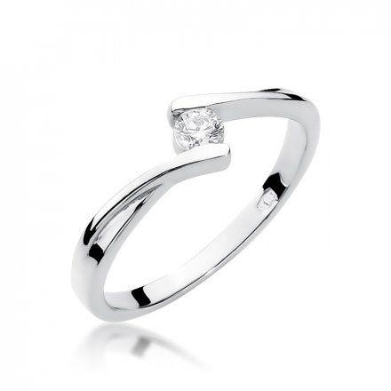 Biżuteria SAXO 14K Pierścionek z brylantem 0,10ct W-180 Białe Złoto