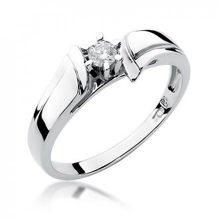Biżuteria SAXO 14K Pierścionek z brylantem 0,12ct W-300 Białe Złoto