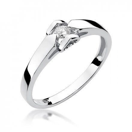 Biżuteria SAXO 14K Pierścionek z brylantem 0,09ct W-320 Białe Złoto