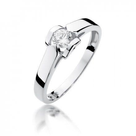 Biżuteria SAXO 14K Pierścionek z brylantem 0,30ct W-320 Białe Złoto