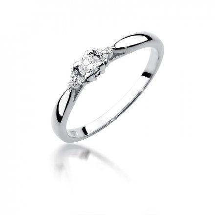Biżuteria SAXO 14K Pierścionek z brylantami 0,13ct W-428 Białego Złota