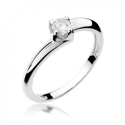 Biżuteria SAXO 14K Pierścionek z brylantem 0,20ct W-161 Białe Złoto