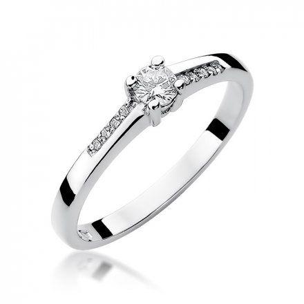 Biżuteria SAXO 14K Pierścionek z brylantami 0,19ct W-258 Białe Złoto