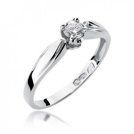 Biżuteria SAXO 14K Pierścionek z brylantem 0,24ct W-197 Białe Złoto