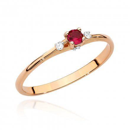 Biżuteria SAXO 14K Pierścionek z rubinem i diamentami 0,15ct BC-014 Różowe Złoto