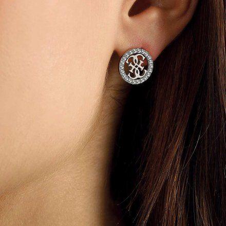 Biżuteria Guess kolczyki srebrne logo Swarovski UBE79099