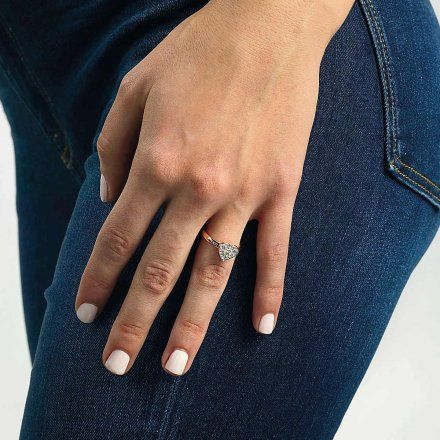 Biżuteria Guess pierścionek różowozłoty serce UBR79030-56