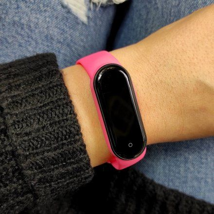Różowa opaska sportowa Smartband Marea B57007/6