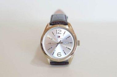 Amerykańska świeżość i szwajcarski kunszt, czyli zegarki Tommy Hilfiger dla mężczyzn i kobiet