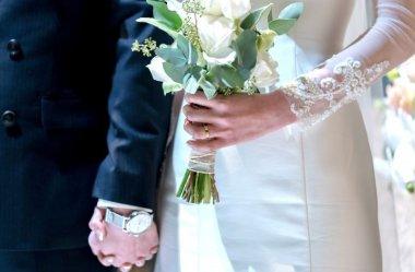 Jaki wybrać zegarek na wesele? Smartwatch czy klasyczny?