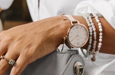 Solo czy w komplecie? Zegarki i biżuteria damska