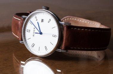6 modeli zegarków idealnych na prezent