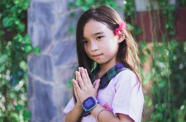 Kolorowe i modne zegarki dla dzieci